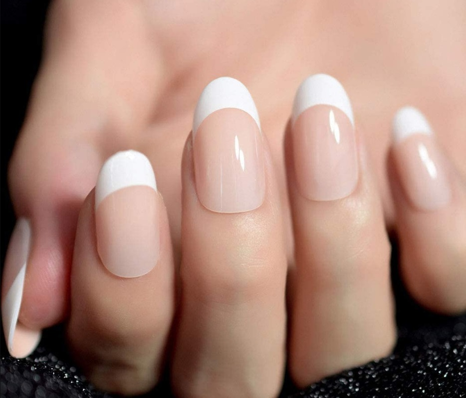 The differences between solar nails and other manicures